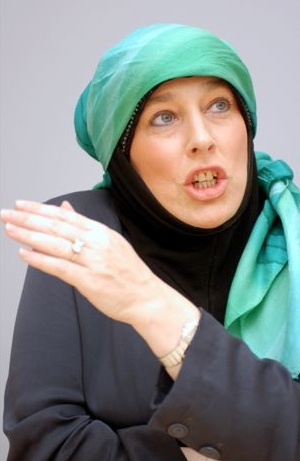 Yvonne Ridley demonstrating her ninja skills