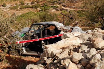 The scene of the accident caused by Waal al-Araja's stone-throwing. He claims he didn't intend to kill anyone.