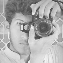 Khizar bin Qasim doesn't realize selfies are best taken with smartphones